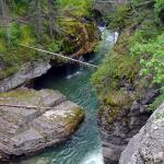 Maligne Canyon - A hike along the Maligne River - Canadian Rockies