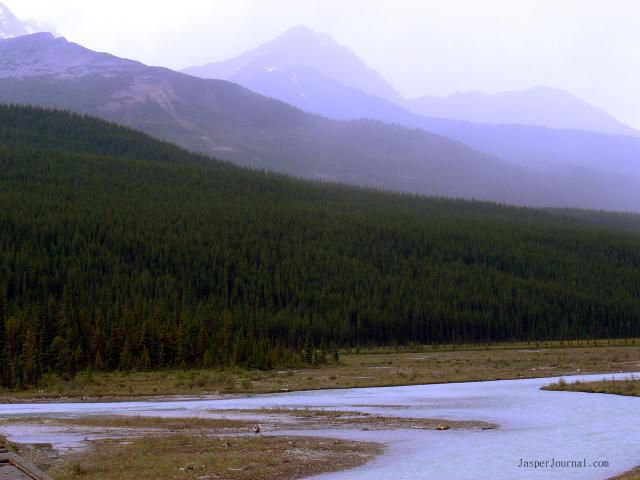 Icefields Parkway River Scene Photo