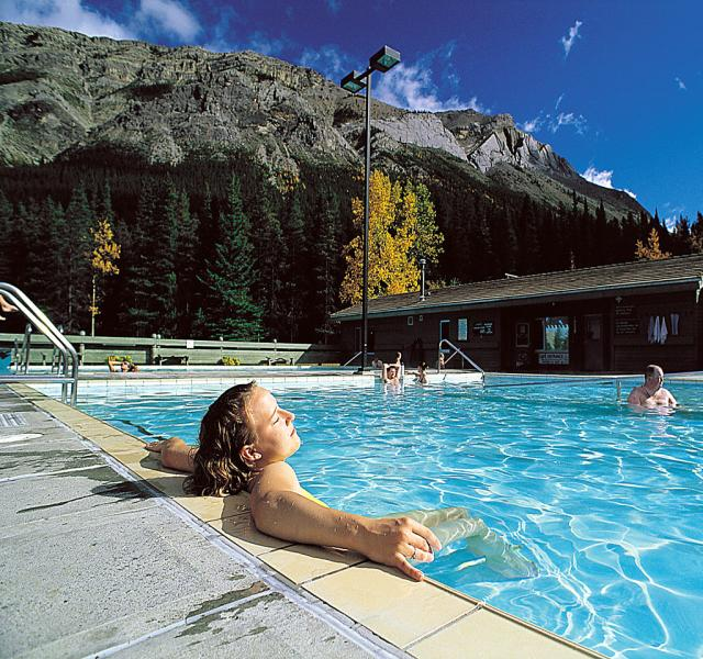 Hotels Near Miette Hot Springs