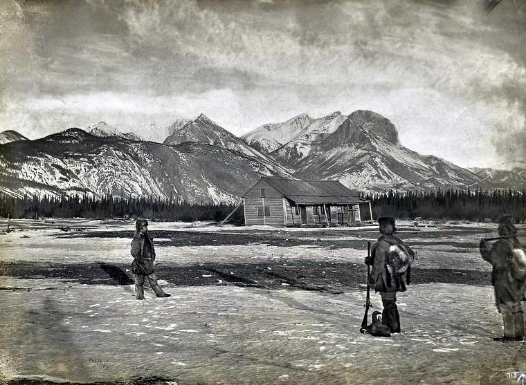 Jasper national park photo where it all began jasper for Jasper house