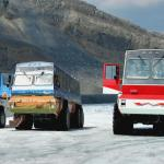Columbia Icefield Snowcoaches - On the famous glacier in Jasper National Park - Canadian Rockies