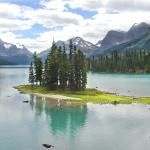 Spirit Island on Maligne Lake - From the shore - Canadian Rockies