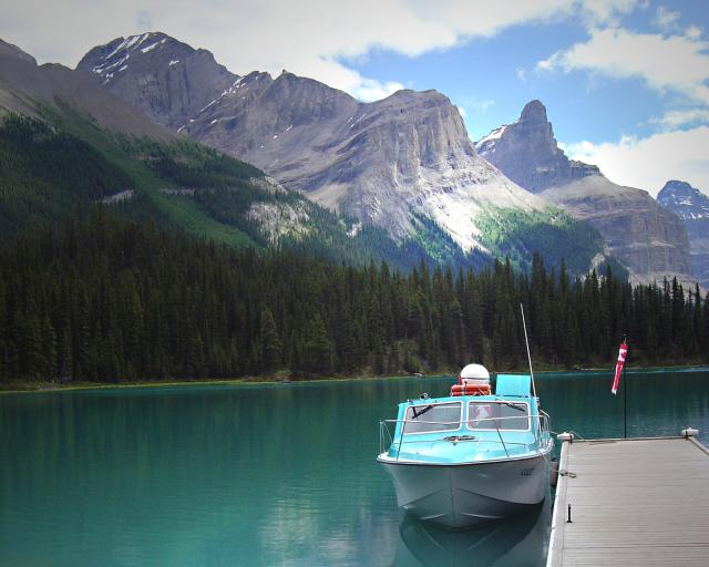 Maligne Lake boat scene Photo
