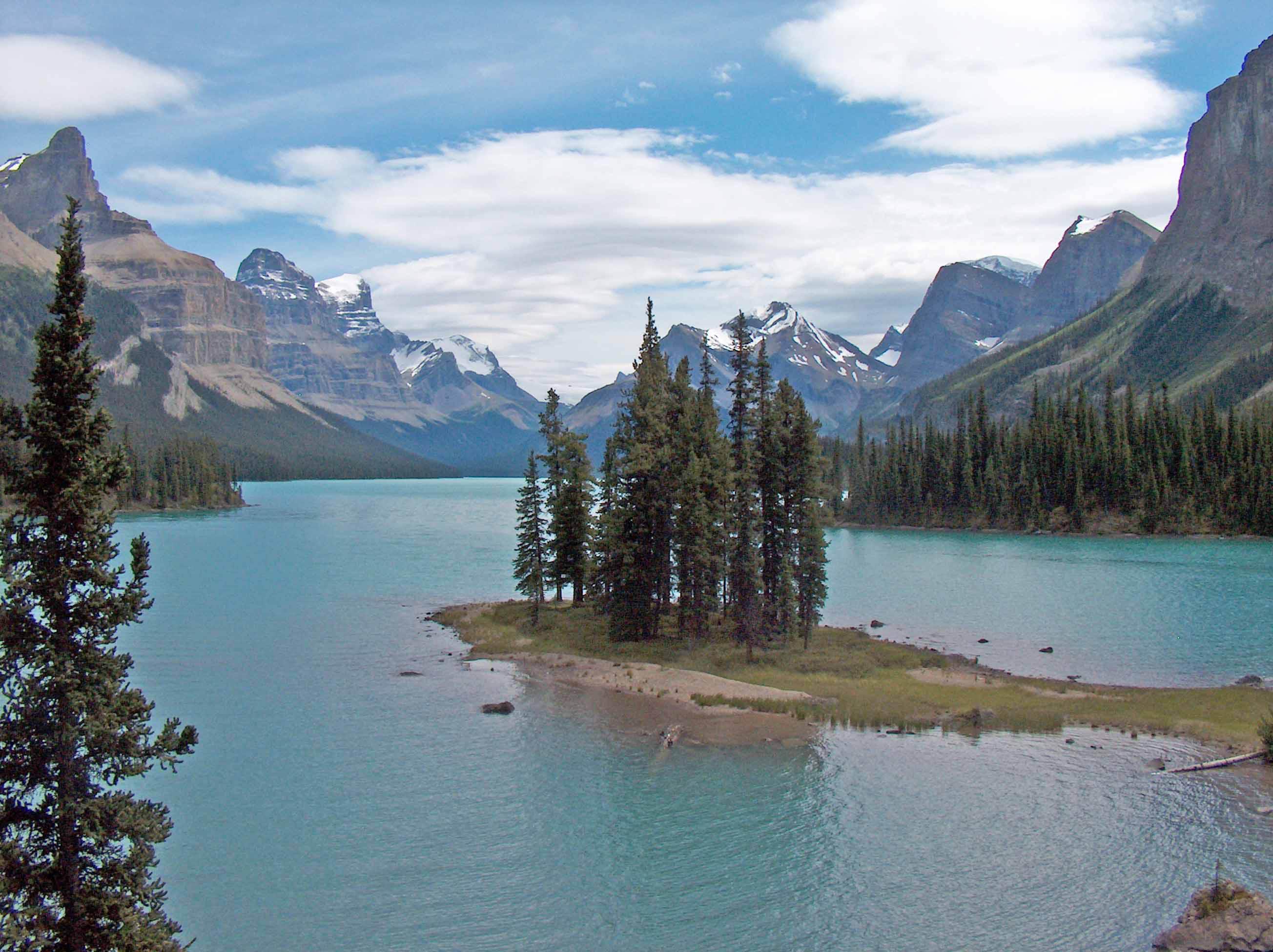 spirit lake Spirit lake [mackinlay kantor] on amazoncom free shipping on qualifying offers.